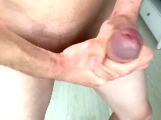 dick Lube will not in a million years account for for my BIG DICK (23cm) Jerking not present lube